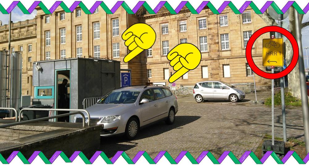 Gegenverkehr auf der Parkplatz-Ausfahrt